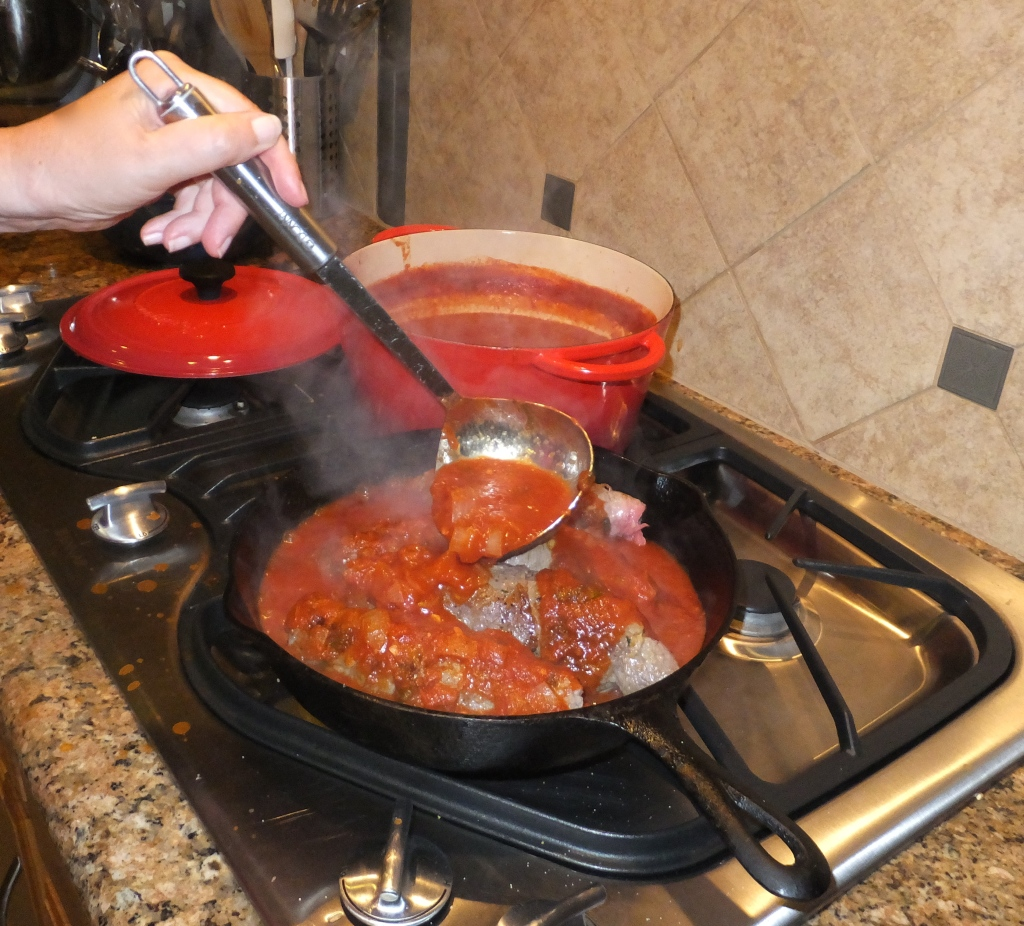 Pour Marinara Sauce over the meat.