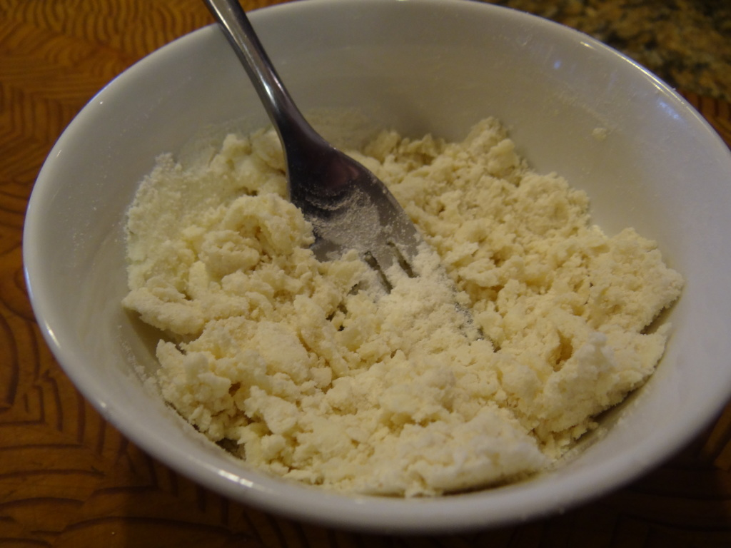 Mix together the flour and butter until completely combined.