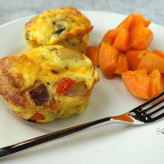 Cheesy Egg Muffins for #MeatlessMonday