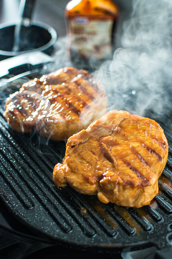 Grilled-BBQ-Pork-Chops-with-Pineapple-Salsa-2