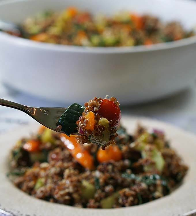 quinoa_greek_saladfork