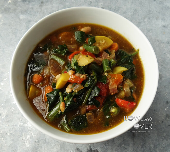 Summer Vegetable Soup: Vegetable Soup #Vegetarian #MeatlessMonday