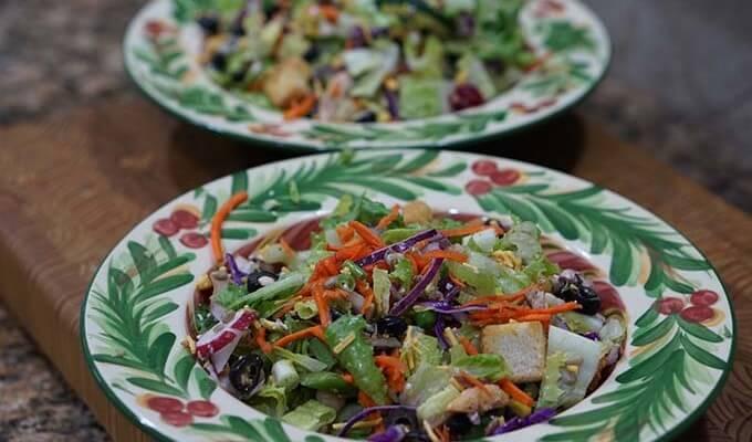 Easy Big Salad for #MeatlessMonday