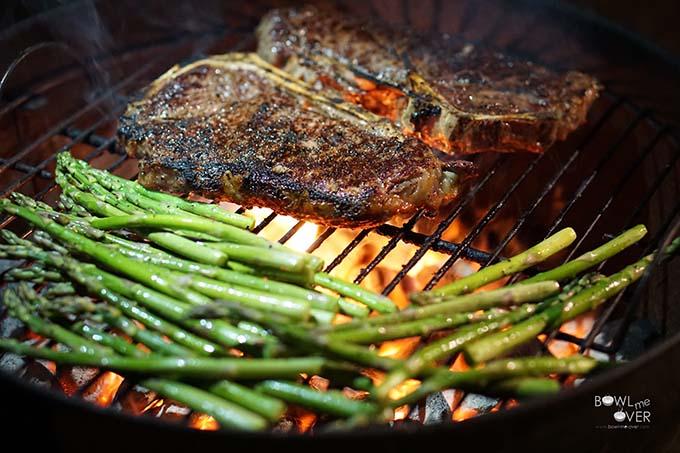 Grilling_Steak_2