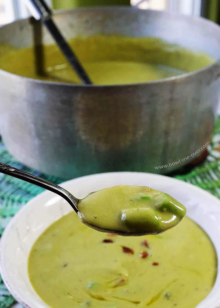 Roasted Asparagus Soup - with chunks of asparagus and bacon, it's a tasty springtime meal!