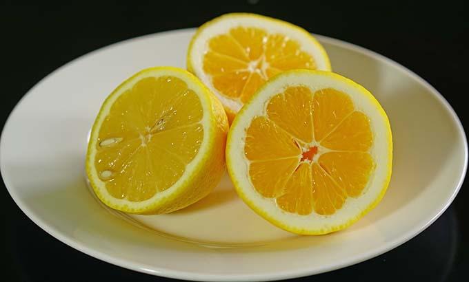 Comparing_lemons
