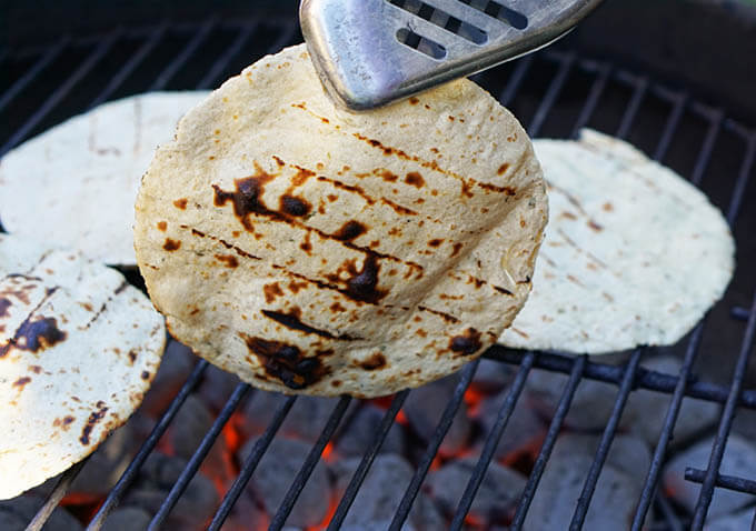 Grill_the_tortillas