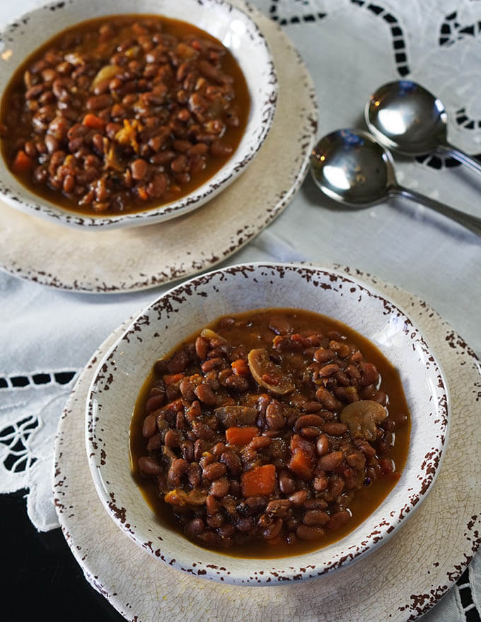 Slow cooked and delicious Vegetable Bean Soup