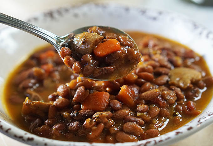 Vegetable_Bean_Soup_Spoon