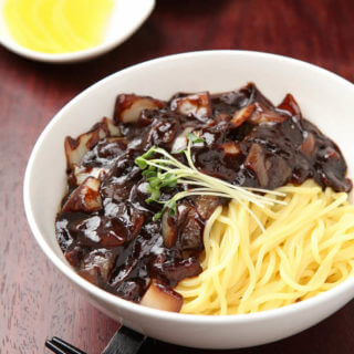 Korean Black Bean Noodles – Jjajangmyeon