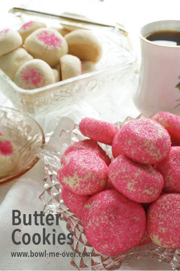 Do you love a sweet treat? Grandma Bertha's Butter Cookies! A family favorite these cookies are a sweet snack for the kids & delicious with coffee or tea! #ad #SummerDessertWeek #buttercookies #homemadecookies #bowlmeover #easyrecipe