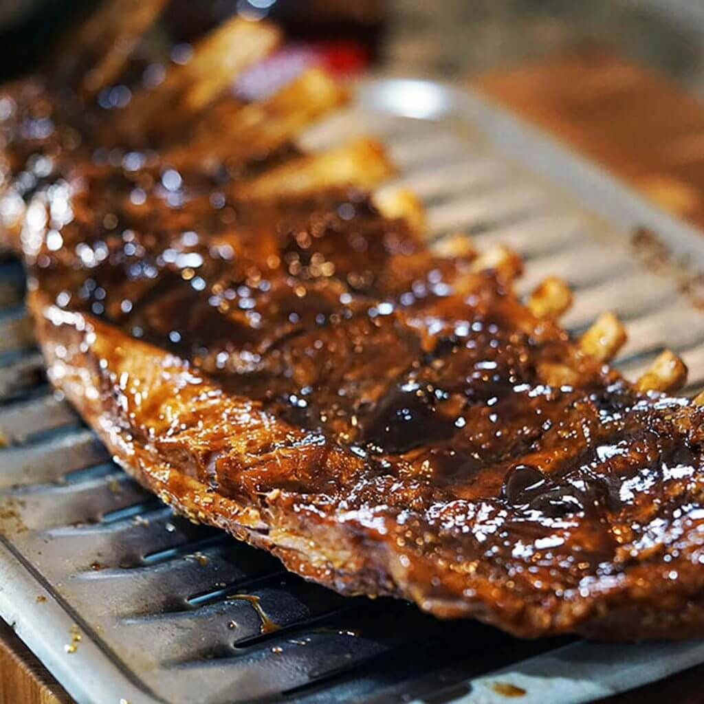 Barbecue Pork Ribs on broiler rack.