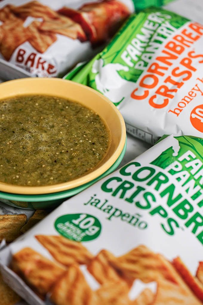 Roasted Tomatillos Salsa Verde with chips