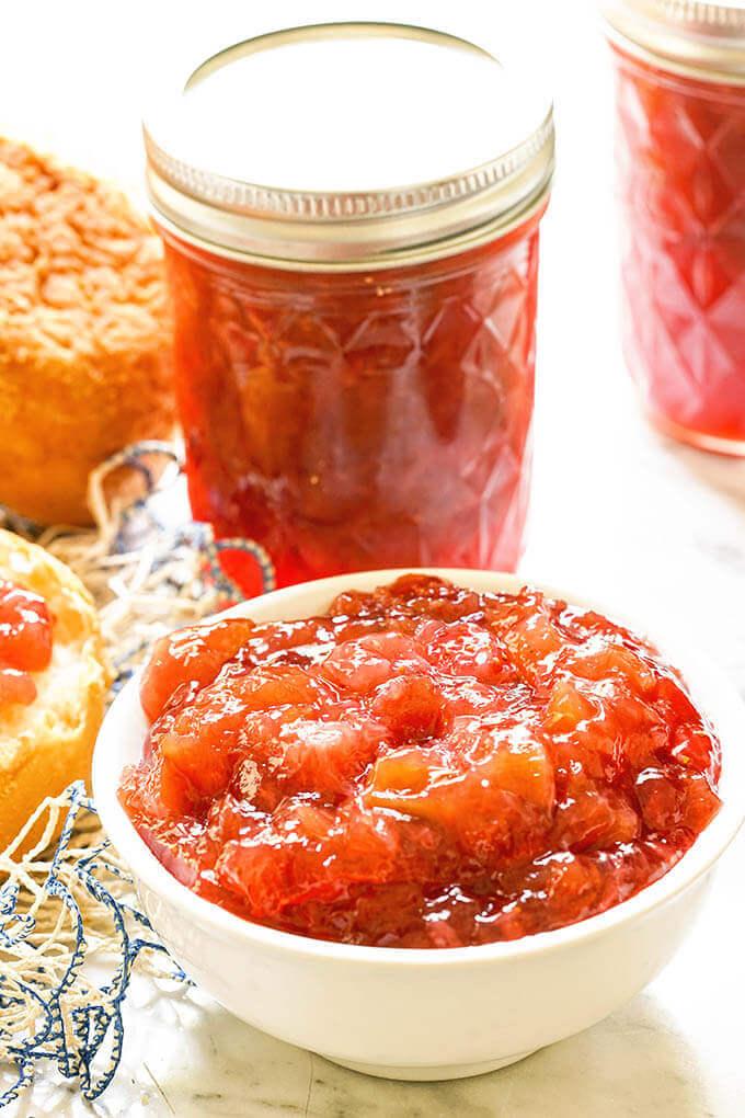 Low Sugar Strawberry Rhubarb Jam