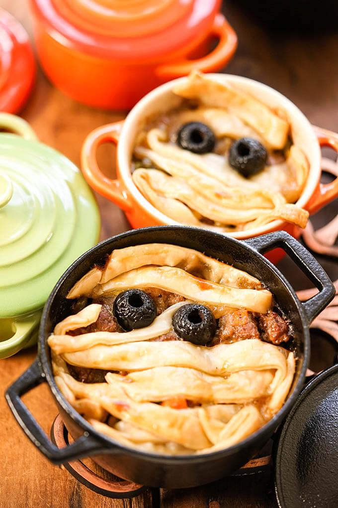 Halloween Mummy Pies