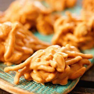 Butterscotch Cookies on blue platter.